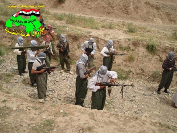 عاجل جيش النقشبندية قصف مقر للعدو الامريكي بصاروخ الحق بتاريخ 21-7-2012 032