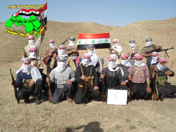 جيش رجال الطريقة النقشبندية قصف مقر للعدو الأمريكي بصاروخ الحق بتاريخ 2-11-2012 053