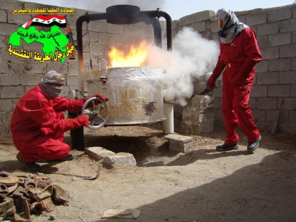قصف مقر للعدو الامريكي بصاروخي البينة بتاريخ 27-11-2012 090