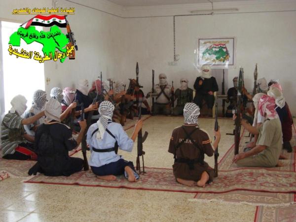 جيش رجال الطريقة النقشبندية قصف مقر للعدو الامريكي بتاريخ 4/10/2012  169